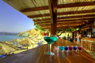 beach bar aneroussa coktails