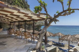 beach-bar-aneroussa-hotel-01