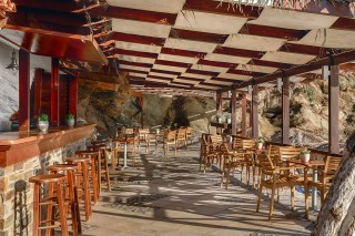beach-bar-aneroussa-hotel-05