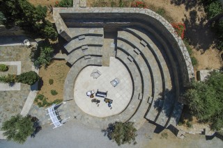 outdoor-theater-aneroussa-hotel-02