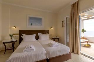 standard double room aneroussa hotel-08